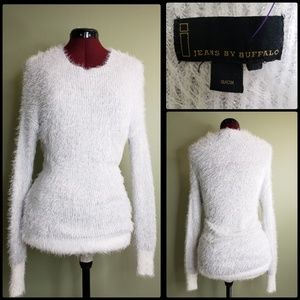 JEANS by BUFFALO WOMAN OFF WHITE  SWEATER SMALL